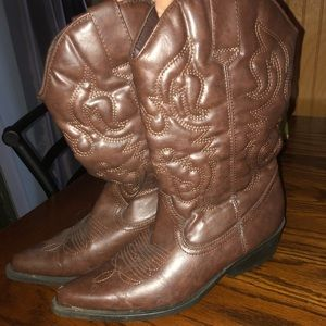 Madden girl Cowgirl Boots